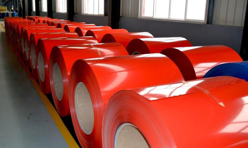 Как полимерное покрытие улучшает характеристики металлопроката